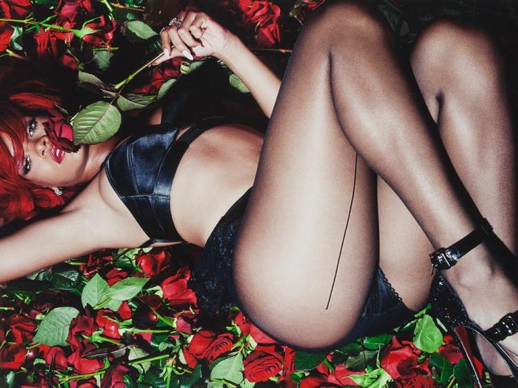 Simon Emmett, Rihanna, 2010