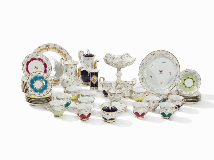 Meissen, B-Form Coffee Service with Ornamental Dishes, 20th C