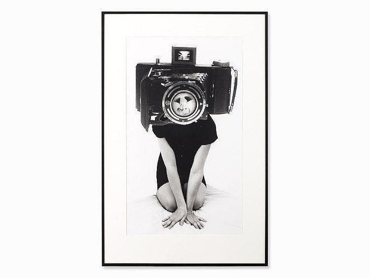 Lynn Hershman Leeson, Shutter#17, Digital Print, 1988-1992