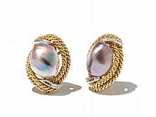 Freshwater Pearl Earclips in Gold with Diamonds, USA, 1950s