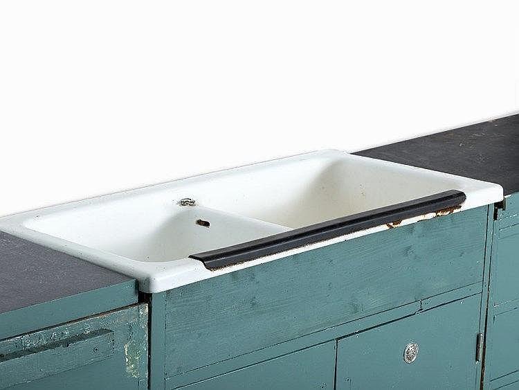 margarete sch tte lihotzky 39 frankfurt kitchen 39 1926. Black Bedroom Furniture Sets. Home Design Ideas