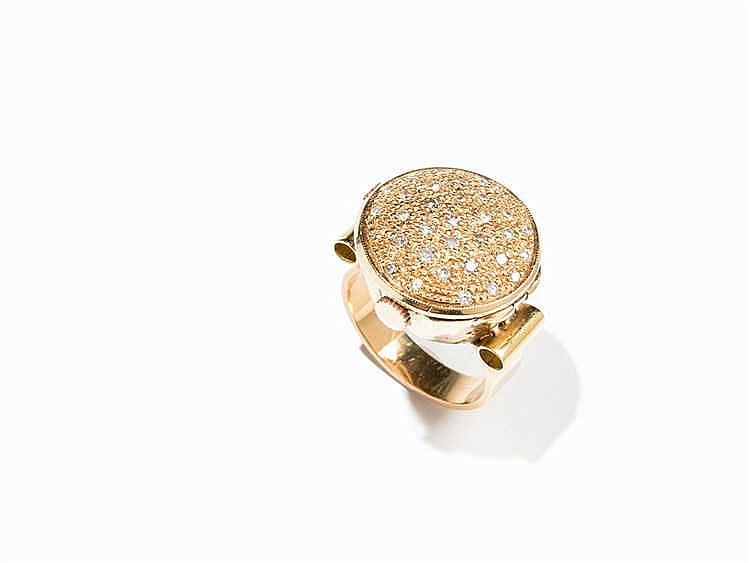 Movado, Finger Ring Watch Set with Diamonds, 18K Gold, Switz.