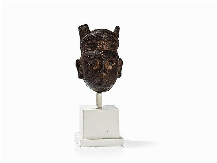 Exceptional Cast Iron Head of a Buddha, Song Dynasty