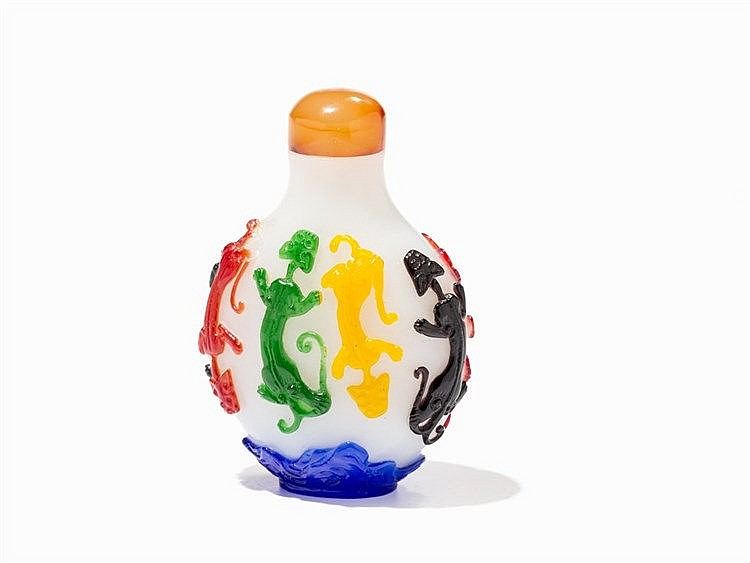 Polychrome Overlay Glass Snuff Bottle with Chilong, 20th C.