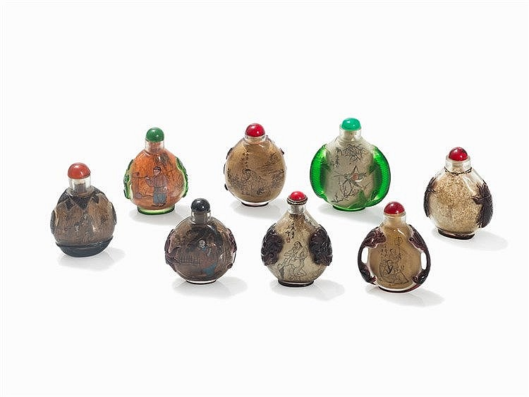 8 Snuff Bottles with Multicolored Cameo Glass, 20th C.