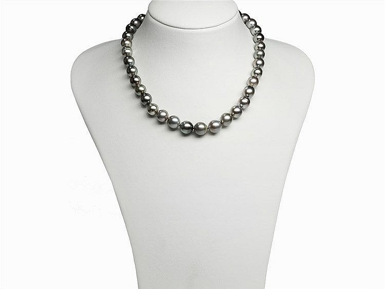 Tahitian Pearl Necklace 10 - 11.8 mm with 14K Gold Clasp