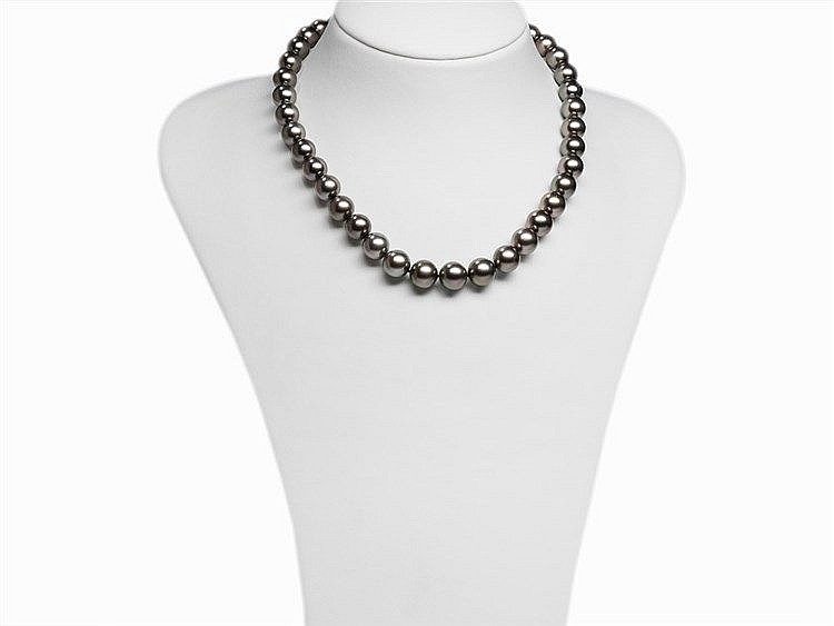 Tahitian Pearl Necklace 10 - 12 mm with 14K White Gold Clasp