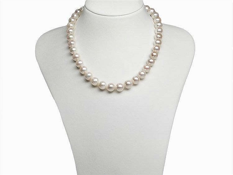 Freshwater Pearl Necklace 10.7 - 11.7 mm with 18 K Gold Clasp