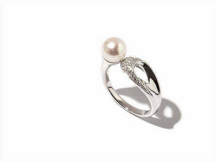 Ring with Akoya Pearl & Diamonds, 14K Gold