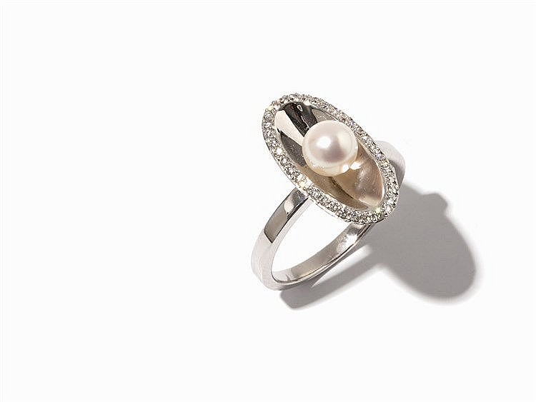Ring with Akoya Pearl & 33 Diamonds, 14K Gold