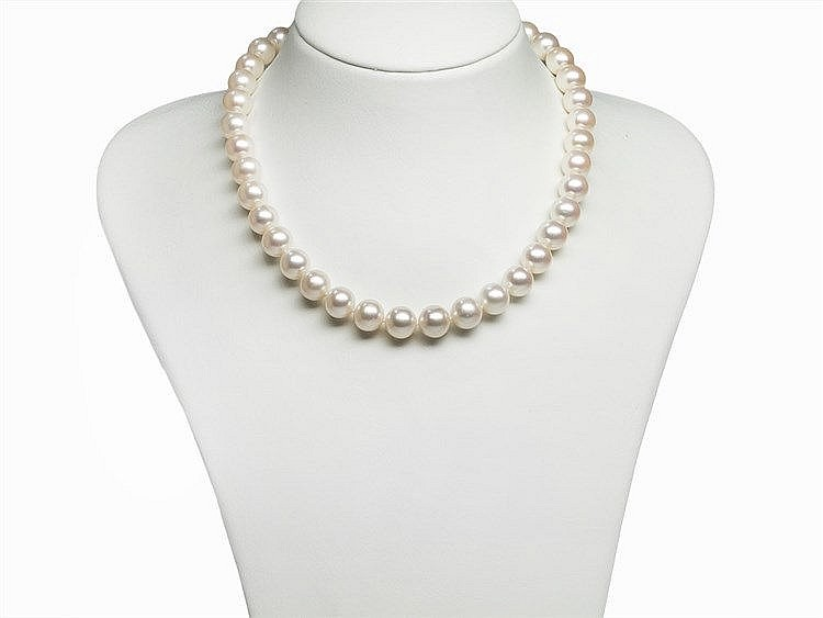 Freshwater Pearl Necklace 10.6 - 11.6 mm with 14K Gold Clasp