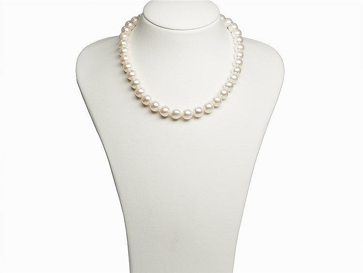 Freshwater Pearl Necklace 10 - 11.7 mm with 14 Karat Gold Clasp