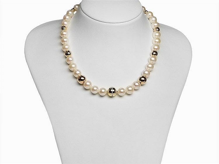 Freshwater Pearl Necklace 10.6 - 11.5 mm with 14K Gold Clasp