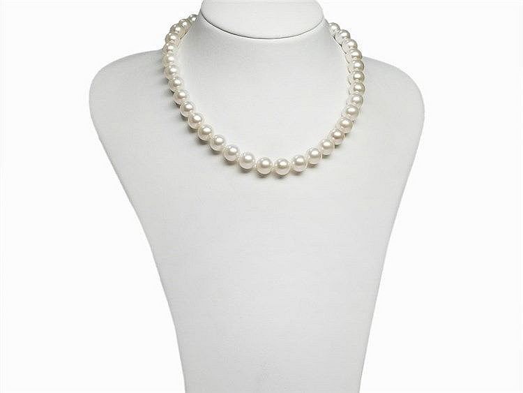 Freshwater Pearl Necklace 10.5 - 11 mm with 14K Gold Clasp