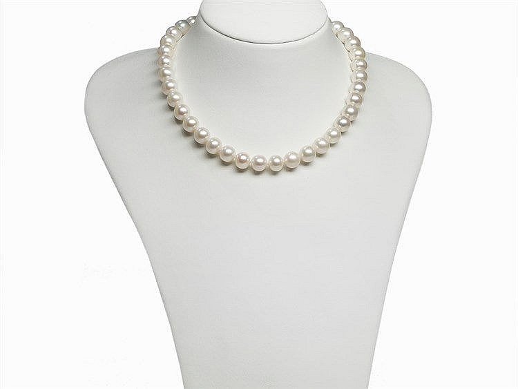 Freshwater Pearl Necklace 10.5 - 11.5 mm with 14 K Gold Clasp