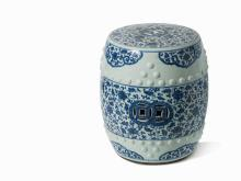 A blue and white garden seat, Qing Dynasty, Qianlong period