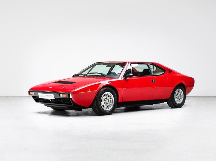 Ferrari Dino 208 GT4, Model Year 1977