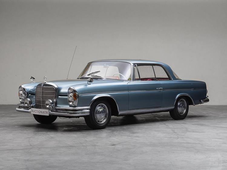 Mercedes-Benz 220 SEB Coupé W111, Model Year 1963