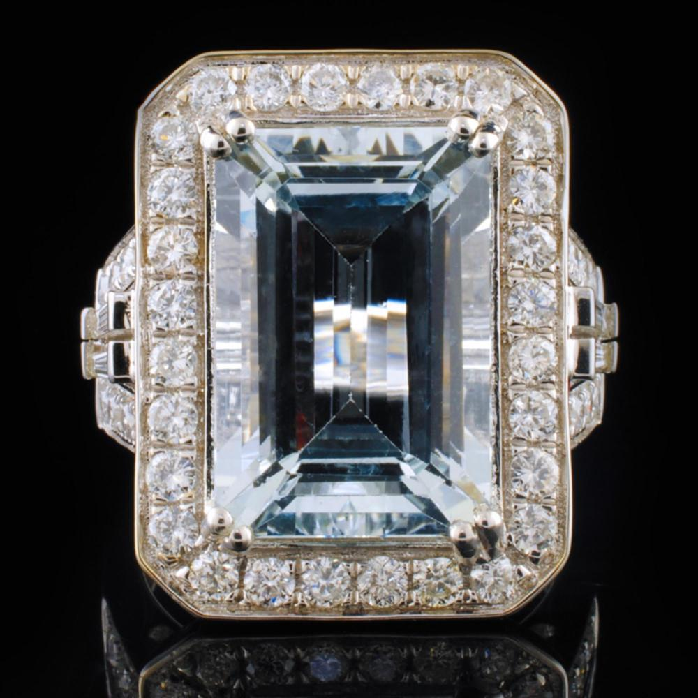 14K White Gold 7.64ct Aquamarine & 1.25ctw Diamond