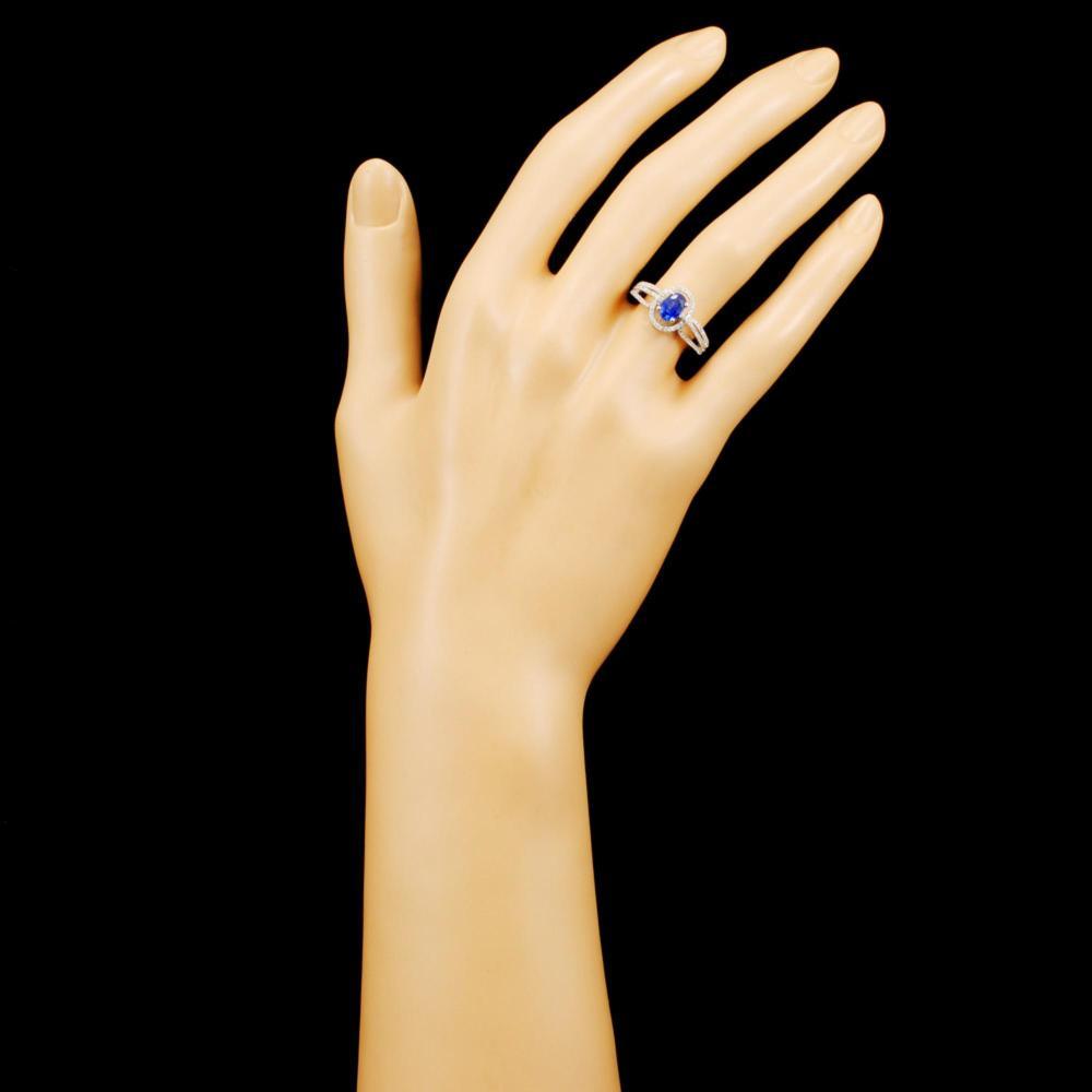 Lot 65: 18K Gold 0.861ct Sapphire & 0.32ctw Diamond Ring