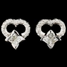 Lot 84: 18K Gold 0.81ctw Diamond Earrings