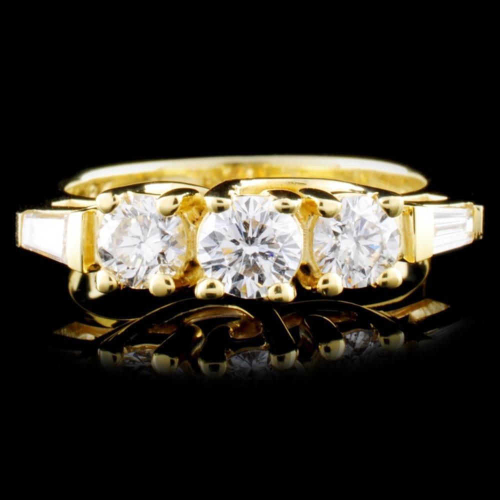 18K Gold 1.05ctw Diamond Ring