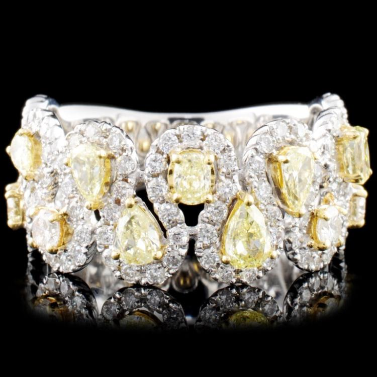 18K Gold 1.48ctw Fancy Diamond Ring
