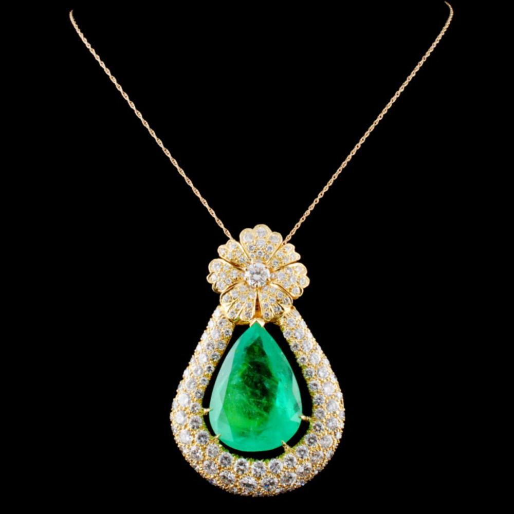 18K Gold 38.07ct Emerald & 15.00ctw Diamond Pendan
