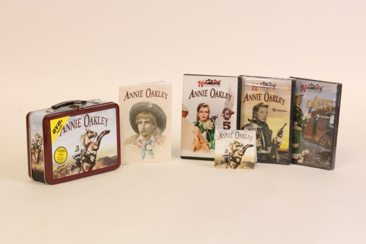 Annie Oakley Lunchbox And Dvd Set 15 Episodes And Collecta