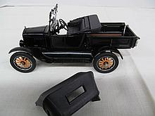 (29) Die Cast 1925 Ford Pickup Truck w/Removable Top