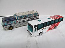 (44) Lot of 2 Commercial Bus Liners ~ Greyhound ScenicCruiser by Kewpie Brand & Buseireann Expressway by Corgi Plaxtons