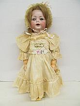 (320) Simon Halbig German K*R 122 Bisque Doll ~ Open Mouth ~ Teeth ~ 18
