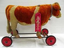 Rare Steiff Cow On Wheels ~ 16