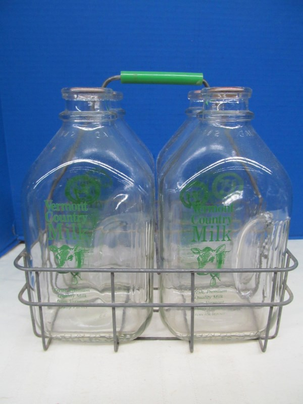 VINTAGE METAL 4 GALLON MILK CRATE w/4 GALLON SIZE GLASS VERMONT COUNTRY MILK BOTTLES w/POGS