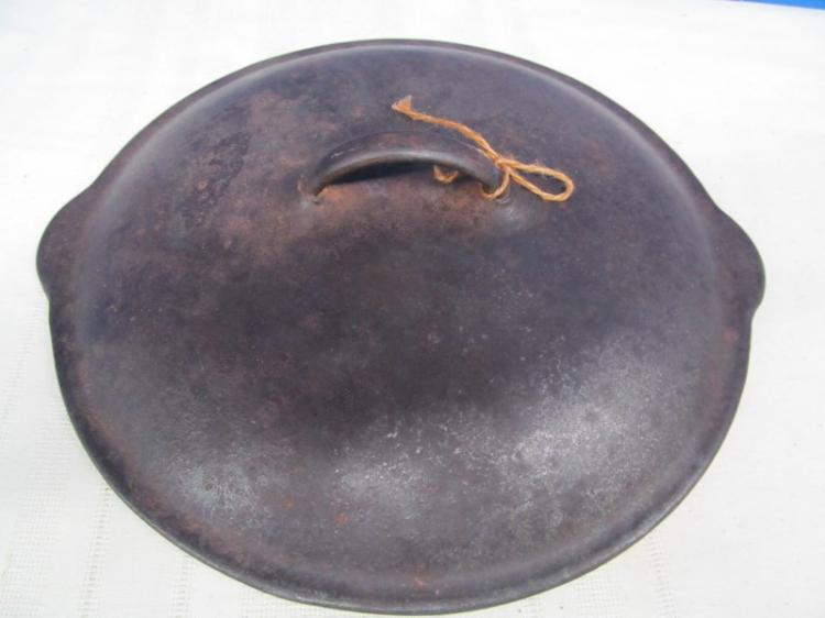 VINTAGE VOLLRATH WARE USA CAST IRON LID