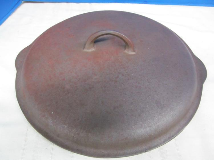 VINTAGE GRISWOLD No. 12 - 472 CAST IRON LID