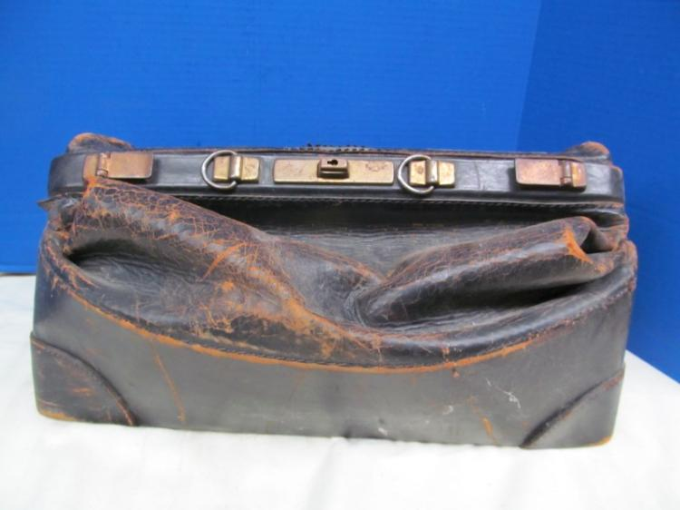 VINTAGE LEATHER DOCTORS HOUSE CALL BAG / CASE