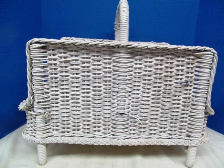 VINTAGE WHITE WICKER BASKET
