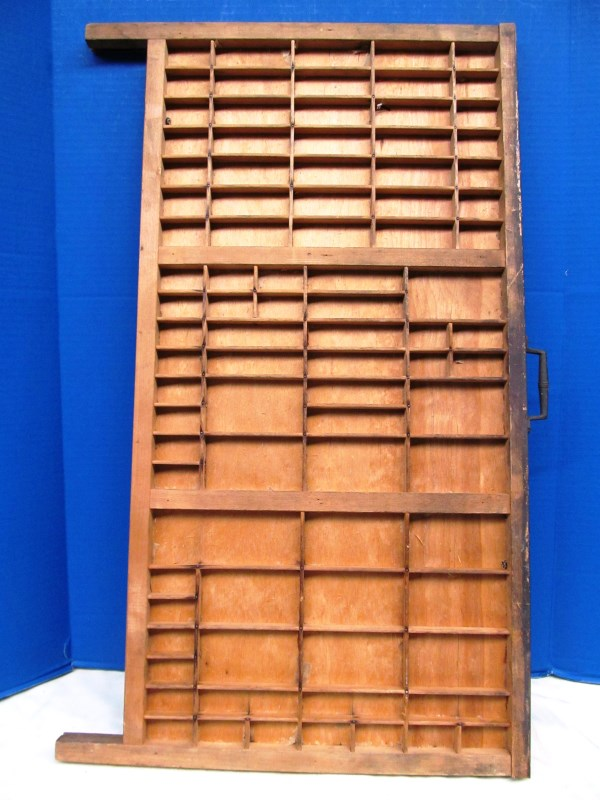 VINTAGE WOOD TYPE SET DRAWER / TRAY