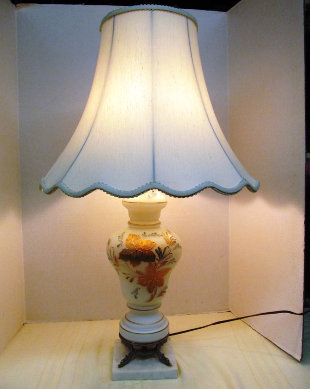 GOLD LEAF TABLE LAMP w/SHADE