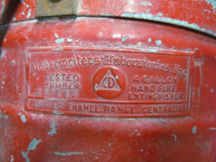 ANTIQUE RED UNDERWRITERS LABORATORIES INC 4 GALLON HAND FIR