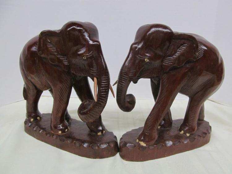 Pair Of Wood Elephant Bookends Statues One Missing Tusk