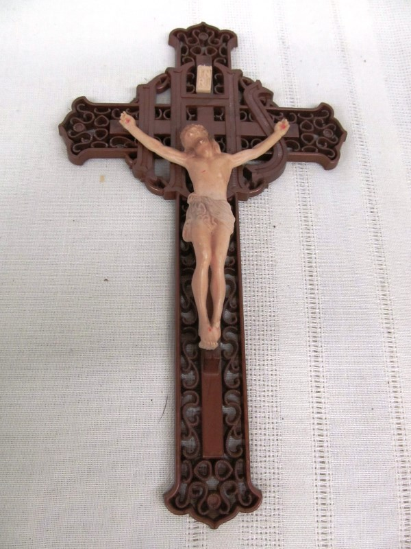 VINTAGE JESUS ON A CRUCIFIX
