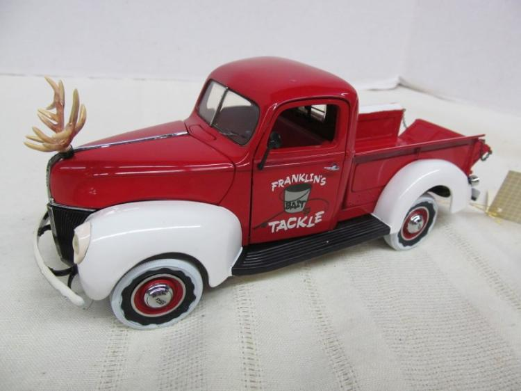 FRANKLIN MINT 1999 DIE CAST CHRISTMAS TRUCK