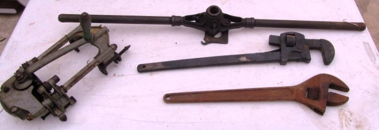 LOT OF 4 ANTIQUE TOOLS ~ CANNER ~ PIPE THREADER ~ PIPE/MONKEY WRENCH ~ CRESCENT WRENCH