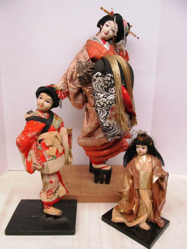 LOT OF 3 SPECIAL VINTAGE ORIENTAL DOLLS