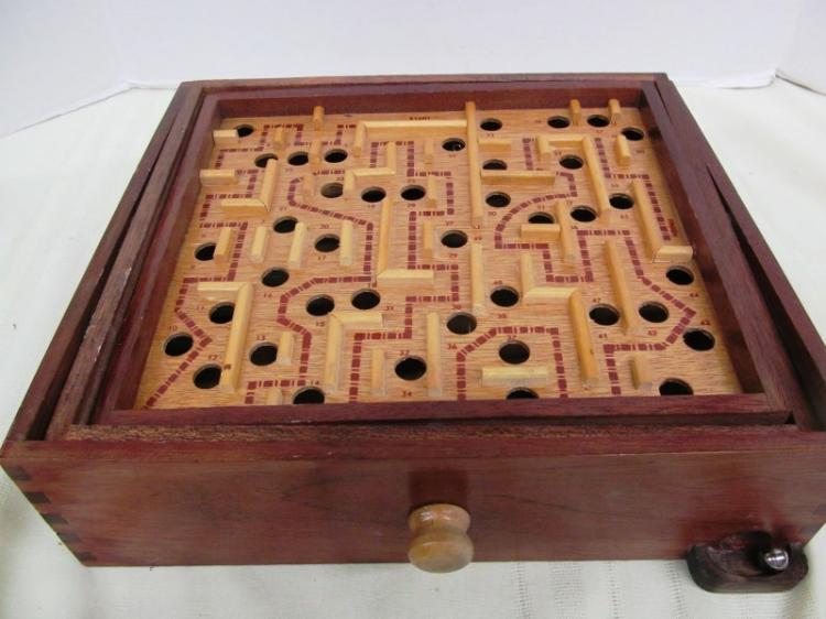 VINTAGE WOOD BALANCING GAME
