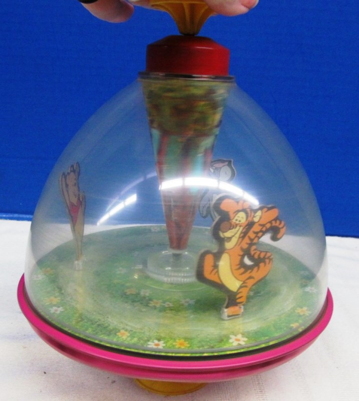 CHEIN WHINNIE THE POOH SPIN TOY