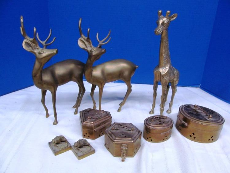 LOT OF BRASS ITEMS ~ 2 DEER ~ GIRAFFE ~ 4 HINGED BOXES ~ 2 FROG PAPERWEIGHTS