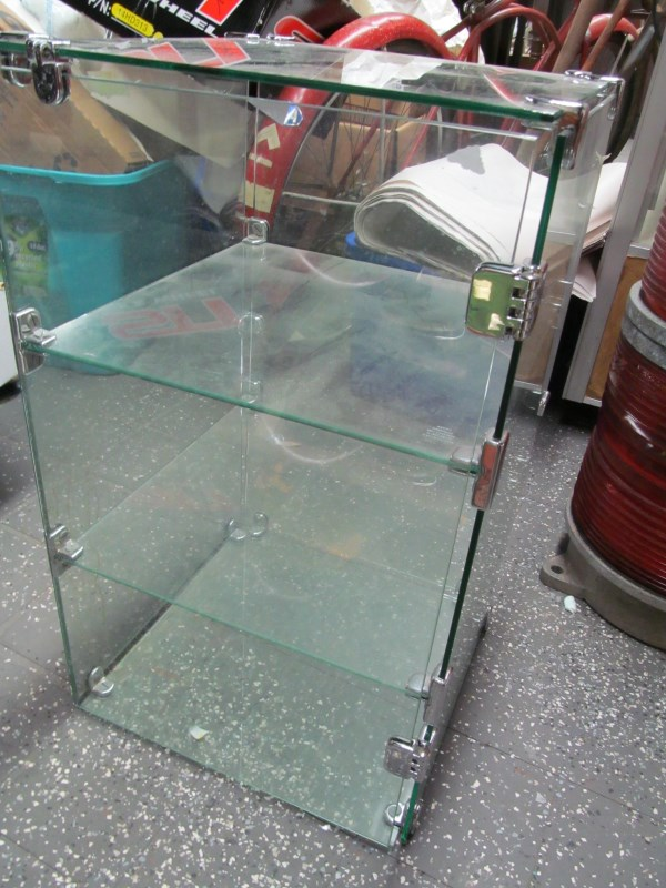 GLASS STORE DISPLAY CABINET